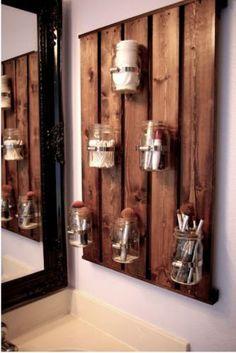 20 Decorative Mason Jar Crafts - Yes Missy! 20 Decorative Mason Jar Crafts - Yes Missy! 20 creative mason jar crafts to decorate your home. Mason Jar Crafts, Mason Jar Diy, Mason Jar Bathroom, Mason Jar Storage, Mason Jar Shelf, Diy Casa, Ball Jars, Bathroom Storage, Bathroom Organization