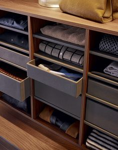 Poliform Shelves in walnut c. melamine with piombo painted aluminium front. Shirt storage with inner shelves covered in 01 visone techno-leather. Drawers covered in fabric with front in 01 visone techno-leather Closet Walk-in, Dressing Room Closet, Master Closet, Closet Space, Closet Drawers, Dressing Rooms, Closet Ideas, Walk In Wardrobe, Modern Wardrobe