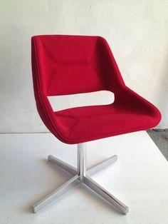 Selff Design - Catálogo de Produtos - Poltrona Argenta Vazada