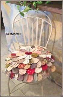 a Cute way to use up fabric scraps to dress up a chair in the bedroom or powder room Sewing Crafts, Sewing Projects, Projects To Try, Diy Pillows, Decorative Pillows, Rock Crafts, Diy And Crafts, Designer Bed Sheets, Diy Y Manualidades