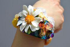 DAISY and BUTTERFLY Bracelet - Statement Adjustable OOAK Bracelet Daisy Bracelet, Butterfly Bracelet, Bohemian Bracelets, Round Beads, White Lace, Delicate, Etsy, Jewelry, Jewlery