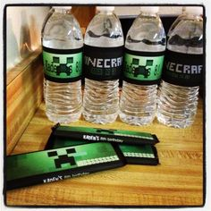 2014 Halloween party crafts Minecraft labels for water bottle - creeper #2014 #Halloween