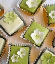 Georgian green blossom fondant wedding cakes, Excellent variation on wedding cupcakes. Wedding petit fours cubes. Pretty Cakes, Beautiful Cakes, Amazing Cakes, Mini Cakes, Cupcake Cakes, Tea Cupcakes, Green Cupcakes, Green Cake, White Cupcakes