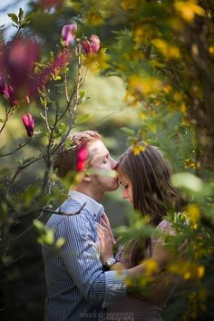 Impressive Wedding Photography Secrets And Ideas. Fabulous Wedding Photography Secrets And Ideas. Cute Couples Photos, Cute Couple Pictures, Romantic Couples, Couple Photos, Couple Picture Poses, Photo Couple, Couple Posing, Couple Photography Poses, Engagement Photography