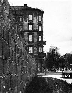 The Berlin Wall between Bernauer Strasse and Ruppiner Strasse.1962