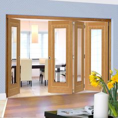 Thrufold Minerva Oak 3+1 Folding Door - Bevelled Clear Glass - Prefinished.    #oakglazeddoors #interioroakfoldingdoors #doors #foldingdoors #internalfoldingdoors #bifold