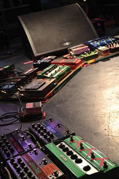 Nick Zinner's pedalboards with Yeah Yeah Yeahs