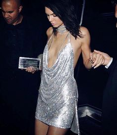 Happy birthday to my favourite Jenner 💕 absolutely slayed this outfit...I mean! #happybirthday #kendalljenner #birthdaygirl #sparkle #otfit #goals #21 #diamonds #wow #model #superstar