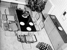 """Wohnbedarf, Zurich 1932/1933 (Photo: Hans Finsler) """"en Hans Fishler encontramos un innovador en la experimentación fotográfica que será un puntal importante para el posterior desarrollo de la fotografía objetiva en la gráfica suiza que busca un completo desplazamiento de la subjetividad en favor de un estilo gráfico informativo donde la forma coincide con el contenido comunicacional"""" Zurich, Design History, Modern, Shape, Switzerland, Innovative Products, Interiors, Style, First Aid"""