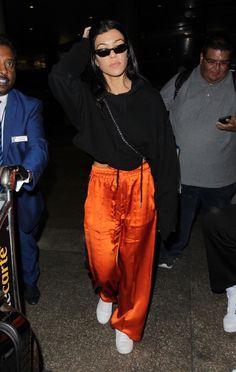 #KourtneyKardashian, #LosAngeles Kourtney Kardashian - Arriving at LAX in Los Angeles 07/07/2017 | Celebrity Uncensored! Read more: http://celxxx.com/2017/07/kourtney-kardashian-arriving-at-lax-in-los-angeles-07072017/