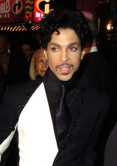 Post Hardly Ever Seen Pics of Prince ~ http://prince.org/msg/7/286062?pr