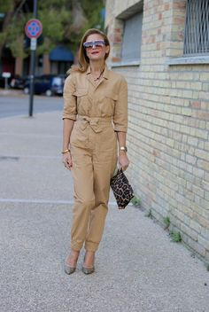 e51564f37b2b How to wear  the utility jumpsuit trend