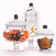 Create your own wonderful Candy Jars for Halloween using Martha Stewart paints and stencils. Spooky Halloween Crafts, Halloween Sweets, Halloween Goodies, Halloween Projects, Halloween Candy, Spirit Halloween, Halloween Costumes For Kids, Martha Stewart Paint, Martha Stewart Crafts