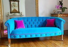 idée de déco avec canapé en bleu