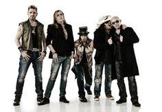 Sixx Am, Heavy Metal Bands, Rockers, Music Bands, Rock Music, Cool Bands, Hard Rock, Take That, Punk