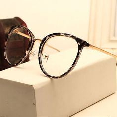 a0940ae631527e Vintage Decoration Optical Eyeglasses Frame myopia round metal women  spectacles eye glasses oculos de grau eyewear