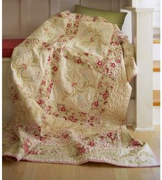 I LOVE THIS ELEGANT QUILT HOPE I CAN FIND MATERIAL LIKE THIS. IT IS BEAUTIFUL!