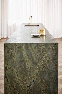 30 Trendy kitchen green cabinets two tones Luxury Kitchen Design, Best Kitchen Designs, Luxury Kitchens, Stone Kitchen, Rustic Kitchen, Kitchen Decor, Kitchen Modern, Modern Kitchens, Contemporary Kitchen Island