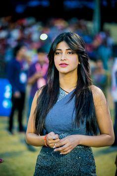 Shruti Haasan at CCL 4
