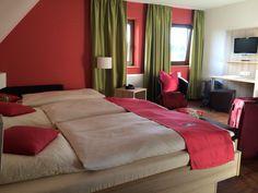Wildkräuterhotel in #Windelsbach. Unser Zimmer ist die Vogelbeere. Sehr sauber und geräumig. Essen typisch fränkisch. Reichlich, gut, günstig!