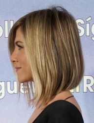 Jennifer Aniston bob. LOVE her....now this could only look good on me if I look like her. Step one: plastic surgery...hmmmm, probably wont happen...