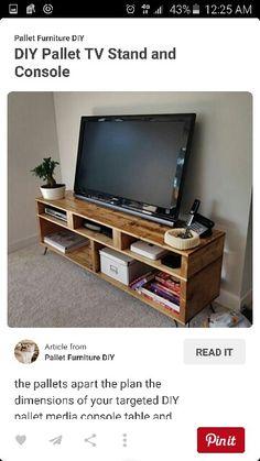 Pallete TV stand