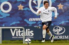 FC Porto Noticias: QUINTERO NO RELVADO DO OLIVAL
