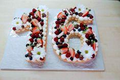 Mascarpone krém v tortách a zákuskoch, Slovník Sushi, Waffles, Cake Recipes, Food Photography, Cheesecake, Good Food, Food And Drink, Breakfast, Sweet