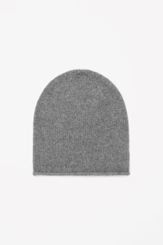 This warm hat is made from pure cashmere with an extra-soft, fuzzy finish. Slightly oversized, it can also be worn folded back for a closer fit. Grey Hat, Grey Beanie, Cos Stores, Look 2015, Cashmere Hat, Classic Style, My Style, New Paris, Fashion Forward