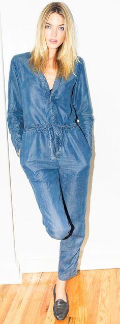 Martha Hunt For The Coveteur Chambray Jumpsuit Fall Street Style Inspo Como  Se Vestir Bem f2c89ee777b9d