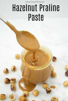 Here's an easy recipe on How To Make Praline Paste. It works for hazelnuts, almonds, cashews, etc. And is the base for Gianduja and Homemade Nutella. Hazelnut Praline, Hazelnut Butter, Chocolate Hazelnut, Chocolate Recipes, Chocolate Paste Recipe, Praline Paste Recipe, Nutella, Chocolates, Salsa Dulce