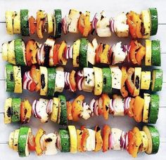 Looking for a simple vegetarian main? Thread a rainbow of onions, zucchini, yellow squash, red peppers and cheese to make grilled halloumi veggie skewers. Easy Meals For One, Healthy Meals For One, Healthy Recipes, Healthy Food, Grilled Vegetables, Veggies, Vegetable Skewers, Veggie Bbq, Veggie Kabobs