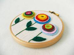 Felt flowers stitched onto fabric like embroidery. Felt Fabric, Fabric Art, Fabric Crafts, Fuzzy Felt, Wool Felt, Fun Crafts, Crafts For Kids, Arts And Crafts, Art Flowers