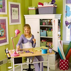 Kids' Room Crafting Area