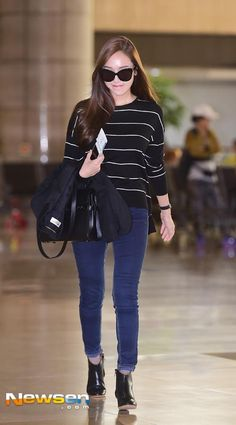 Welcome to FY! GIRLS GENERATION, the best source for photography, media, news and all things related. Fashion Idol, Kpop Fashion, Girl Fashion, Womens Fashion, Korean Airport Fashion, Korean Fashion, Korean Street, Chic Outfits, Fashion Outfits