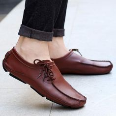 Fashion peas shoes personalized straps breathable casual shoes – joymanmall Source by roluwaseyitan mens Lofers Shoes, Mens Loafers Shoes, Brown Loafers, Leather Shoes, Oxfords, Suede Leather, Black Suede, Dress Shoes, Best Shoes For Men