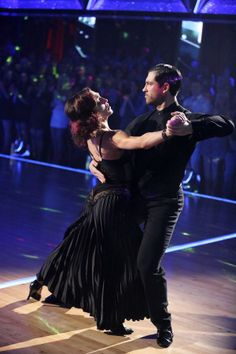 Meryl Davis and Maksim Chmerkovskiy  -   Dancing With the Stars  -  week 6 -  Season 18  -  Spring 2014