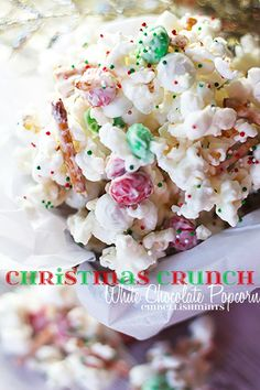 Christmas Crunch White Chocolate Popcorn is so easy to make and its dangerously good! Its a great homemade gift for friends and family. Quick easy and delicious! Christmas Crunch, Christmas Popcorn, Christmas Party Food, Christmas Appetizers, Christmas Sweets, Christmas Cookies, Christmas Holidays, White Christmas, Party Appetizers