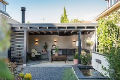Garden room extension to garage, Nieuwerkerk a / d IJssel This garden room (model Nice) … - All About Balcony Backyard Patio Designs, Backyard Fences, Backyard Landscaping, Landscaping Ideas, Garden Buildings, Garden Structures, Back Gardens, Outdoor Gardens, Outdoor Rooms