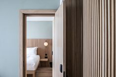Drivers can stop off for a nights sleep at Mollie's Motel and Diner, a roadside hotel in Oxfordshire, England, designed by Soho House. Blue Painted Walls, Blue Walls, Soho House Hotel, Rainforest Shower, New Orleans Hotels, Interior Architecture, Interior Design, Oak Panels, American Diner
