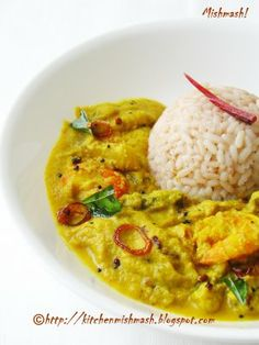 Mishmash !: Prawn with Raw Mango & Drumstick in a ground coconut sauce- Chemmeenum Mangayum Thenga-arachu Vechathu