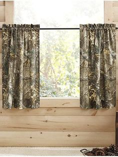 Realtree Girls' Xtra Tier Pair - Green - 50 X 84 Camo Living Rooms, Camo Curtains, Camo Bedding, Hunting Cabin, Oak Panels, Realtree Camo, Mossy Oak, My Dream Home, Blinds