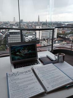 STUDY INSPIRATION — procrastinationlikeapro:  15.06 • my study spot...