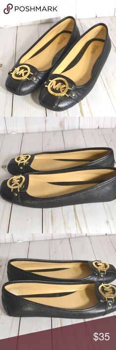Michael Kors Fulton Mocasins Ballerina Flats shoes Great Condition. Some minor scruff marks at the bottom heels due to normal use. not noticable when worn. Michael Kors Shoes Flats & Loafers