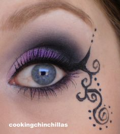 Smokey eye with eye art