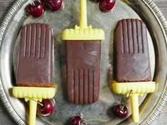 Cherry Fudge Pops - My Heart Beets @myheartbeets