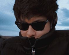 Kathryn Bernardo Photoshoot, Daniel Johns, Daniel Padilla, John Ford, Cute Guys, Kos, My Idol, Cool Hairstyles, Dance