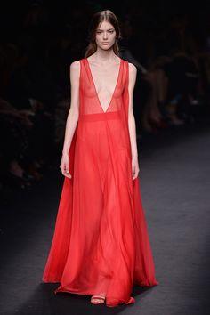 10 Tendências para o outono/inverno - Activa -Vermelho: O vermelho vai prevalecer em todos os estilos, desde o mais ladylike ao boho.