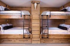 Une chambre d'enfant bien organisée et optimisée dans un chalet. #chambre…