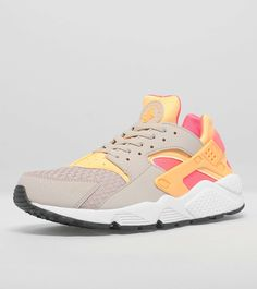 on sale 85a01 84856 Nike Air Huarache Womens - find out more on our site. Find the freshest in